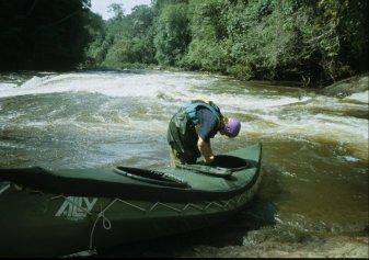 Rio Merevari. Last preparation before new rapids.