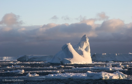 Iceberg in Ross Sea