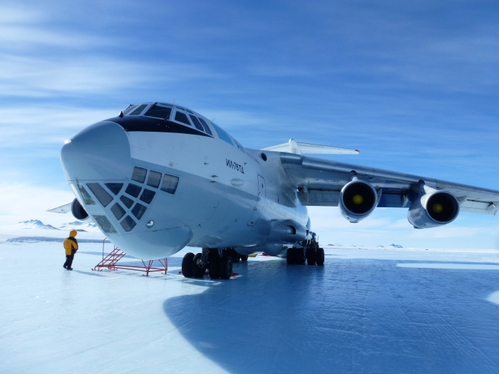 Il-76 Cargo do the job